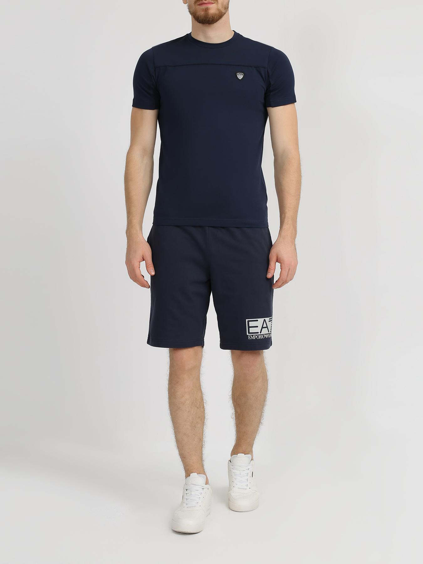 цена на Фуфайка EA7 Emporio Armani Спортивная футболка с принтом на спине