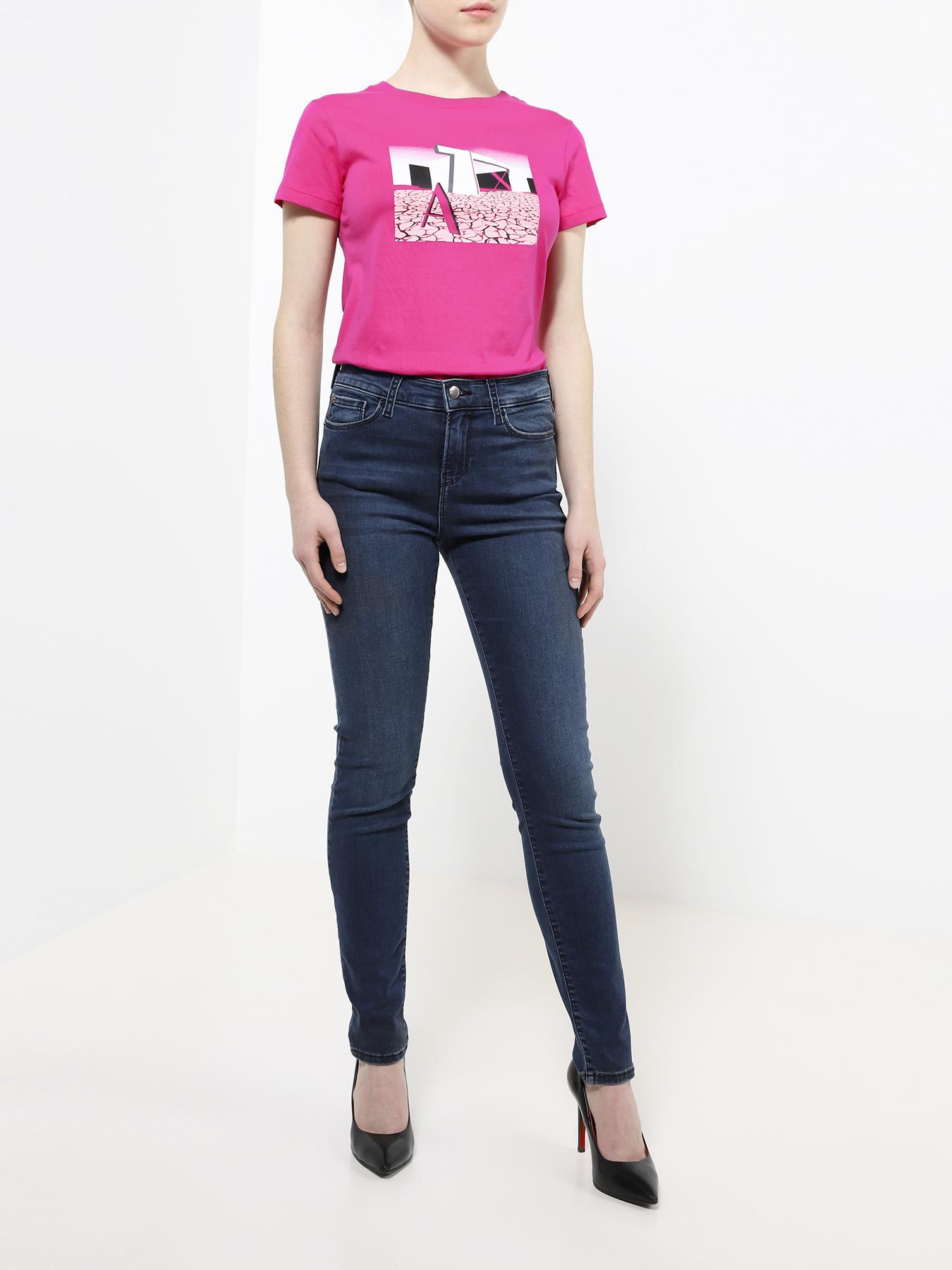 цена на Брюки Emporio Armani Узкие джинсы J20